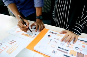 assess measure competitiveness